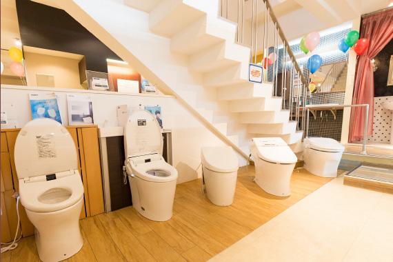 B1 ユニットバスやトイレ、洗面など商品の魅力だけでなくデザイン性の高い空間を参考にしていただけます。