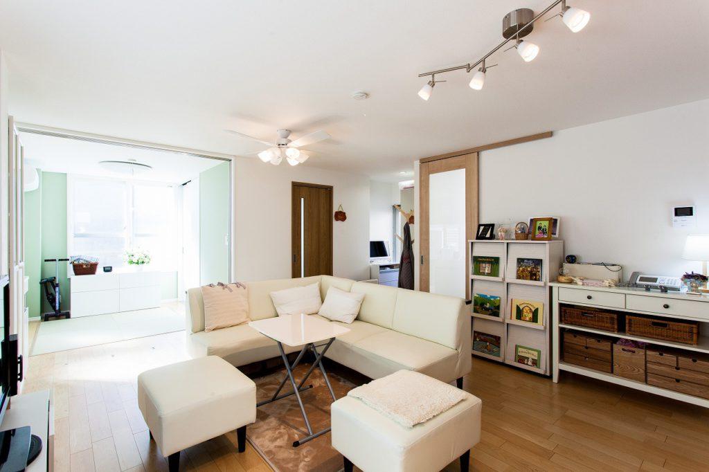 【LD+寝室】 寝室との間仕切りを開ければ、LDの一部として広く使えます。