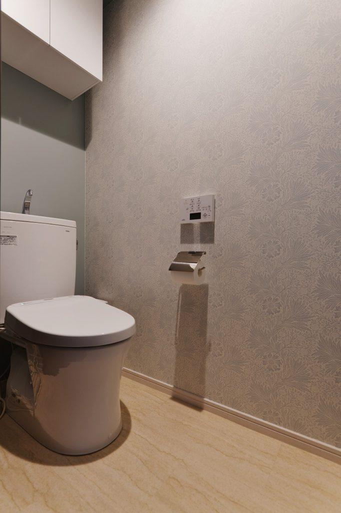【トイレ】 クールなコーディネートでとにかくすっきり、お掃除しやすく。目的を決めて効果を最大に。