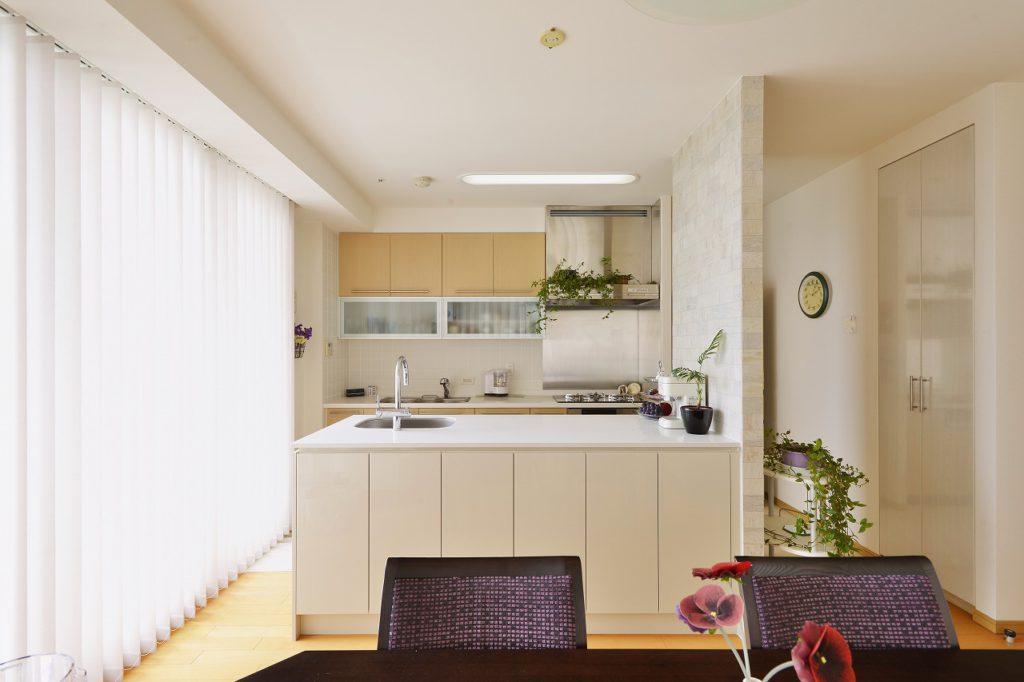 ティータイムを楽しむためのキッチン
