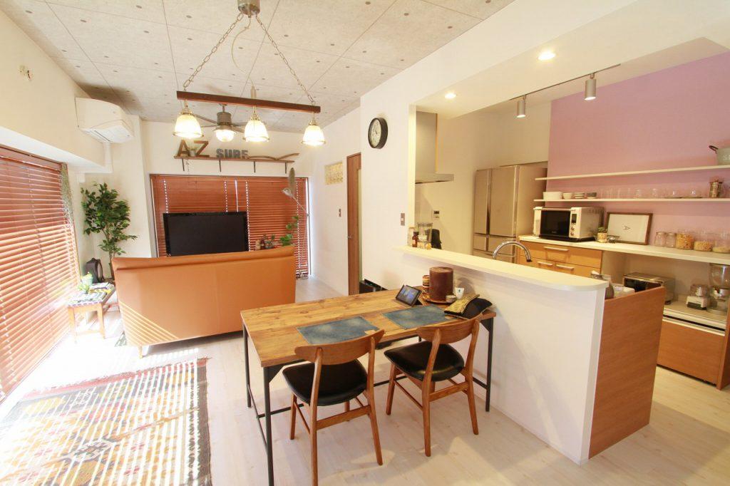 【LDK】 キッチンまわりの壁をなくし、一体感のあるオープンキッチンへ