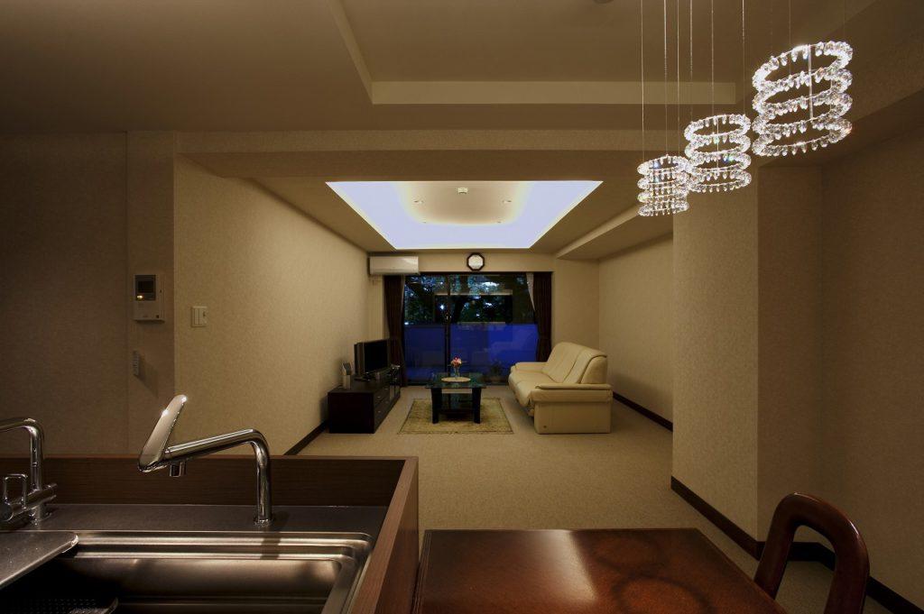 ▲「機能」と「デザイン」の両立が取れたリビングは照明計画にもこだわっています。
