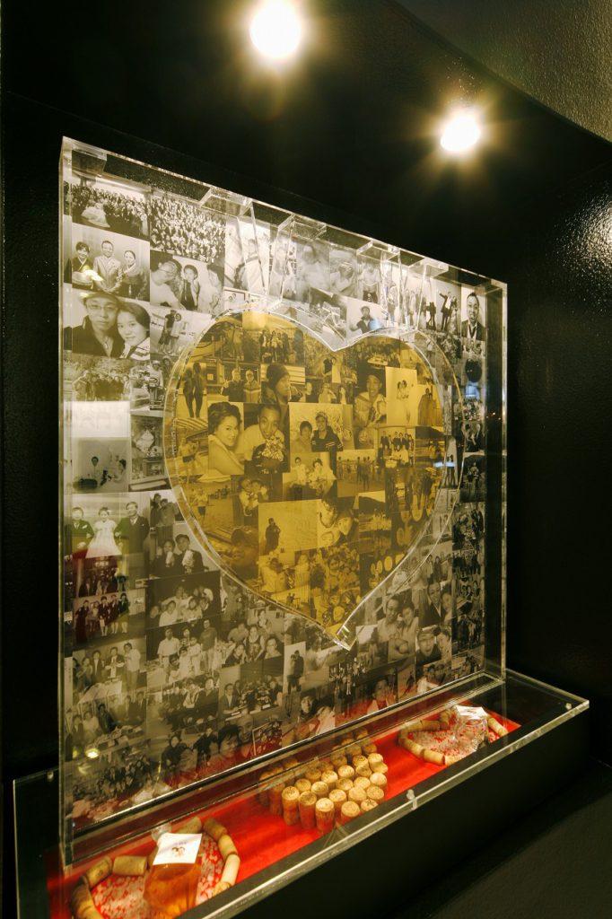 ▲「家族の写真を飾る場所が欲しい」という要望に応えるため、アール壁には大きなニッチを造作。