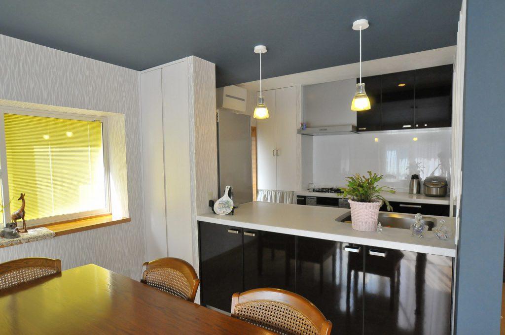 【キッチン・リビング】 パナソニック社、リビングステーションSをキッチンに採用。使いやすさや収納力っもアップしました。