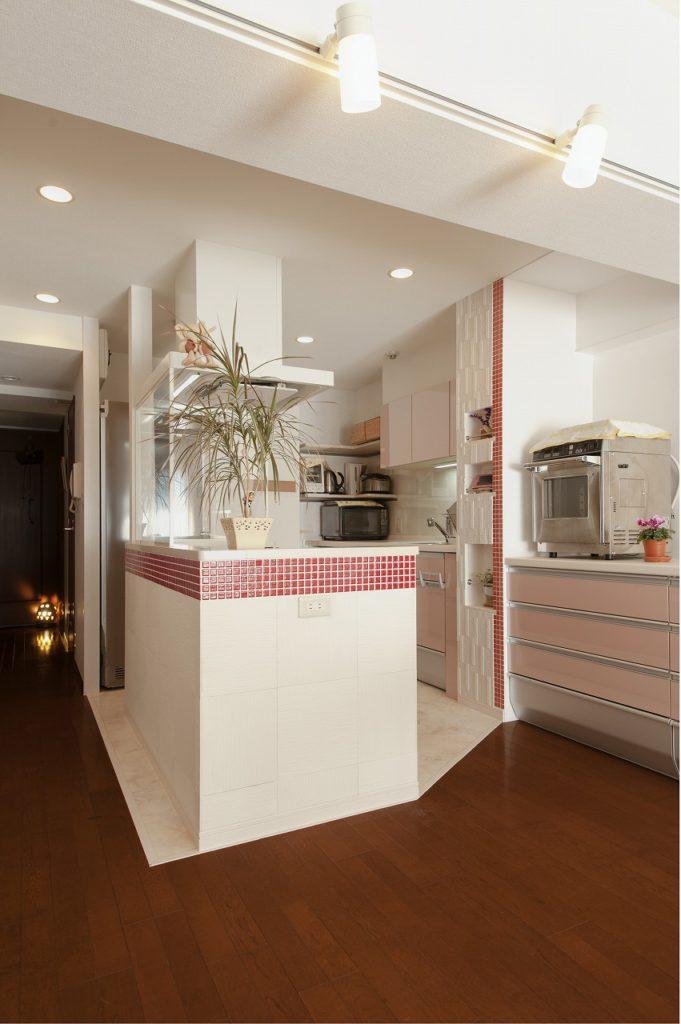 LDKに続く明るく開放的なキッチンとなりました