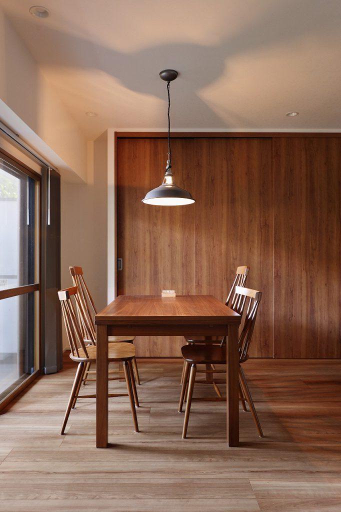 オープンなキッチン空間が作り出すゆとりの空間