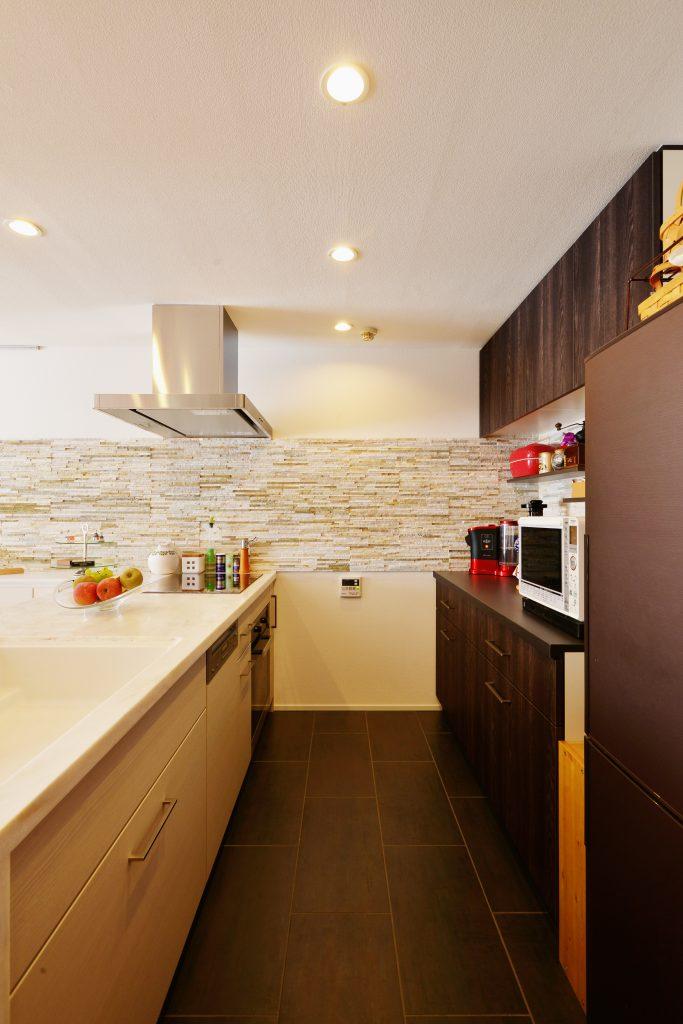 【キッチン】動線を意識したことで、料理の時間も短縮することが出来ます。