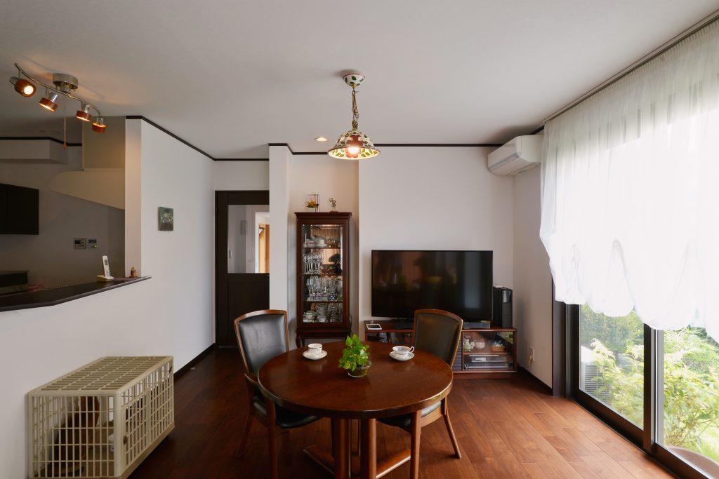 【ダイニングキッチン】対面キッチンとしたDK 明るく開放的な空間