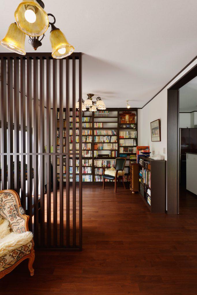 【書斎】壁面の本棚がインテリアにも活躍
