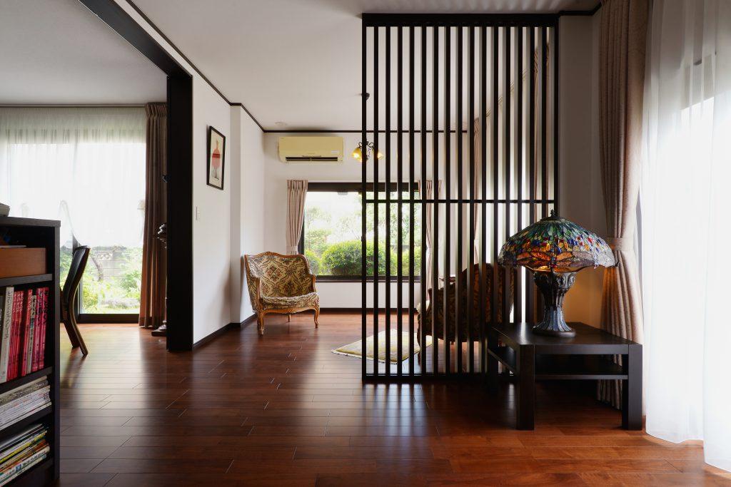 家具と調和した落ち着きのある住まい