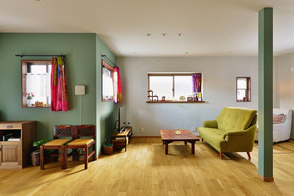 【リビング】大切な家具たちが空間に馴染み、思い出を今に繋いでいく。