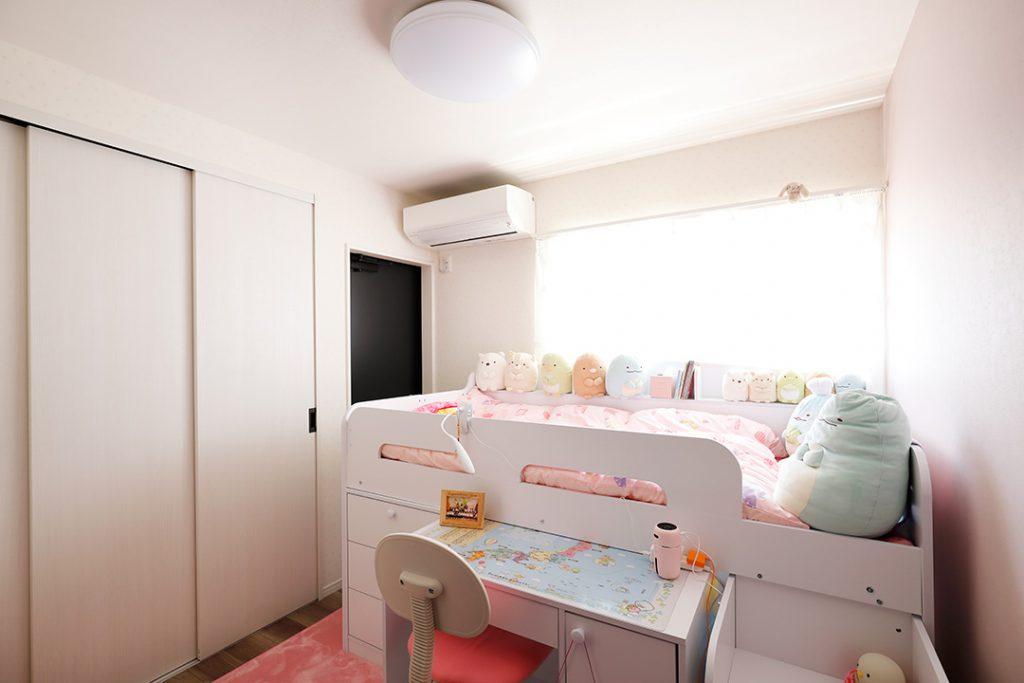 子供部屋。収納付きベッドでスペースを有効活用!