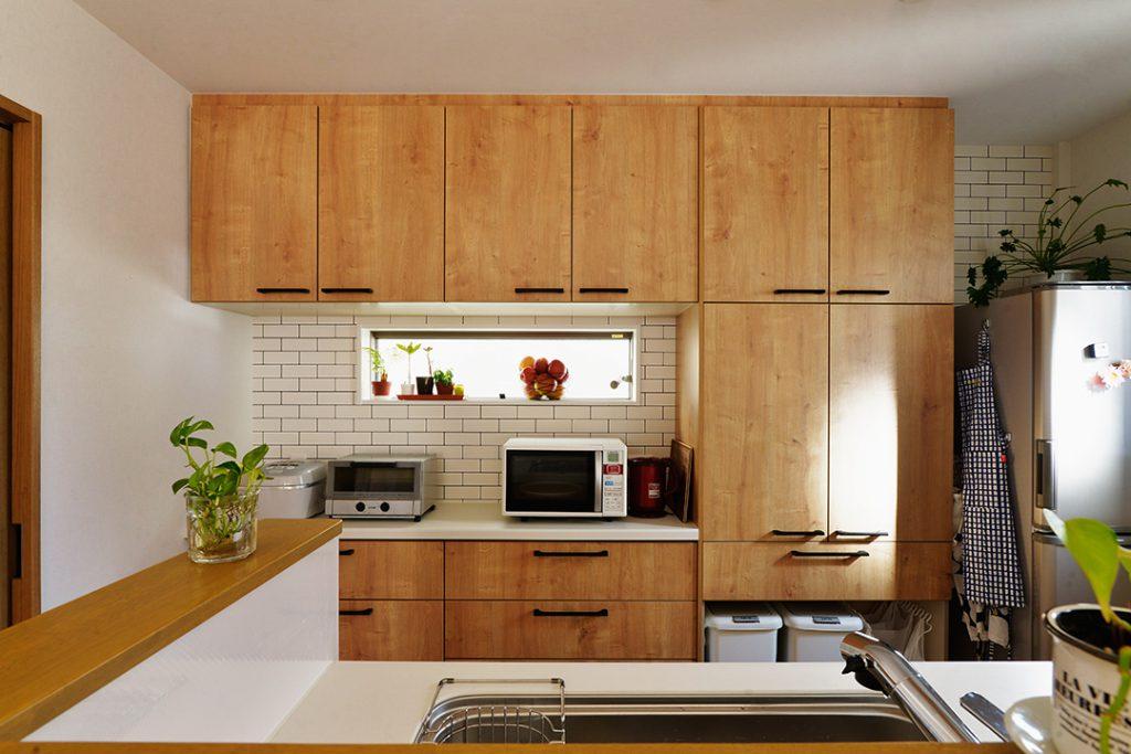 対面キッチンで子供の様子を見ながら家事ができます。