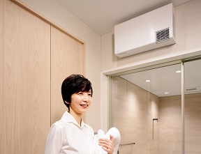 TOTO 洗面所暖房機