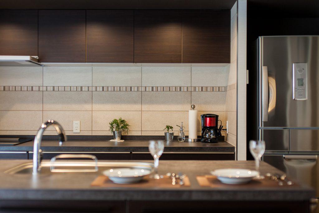キッチン:フラット対面キッチンなので軽食を取ることもしばしば。