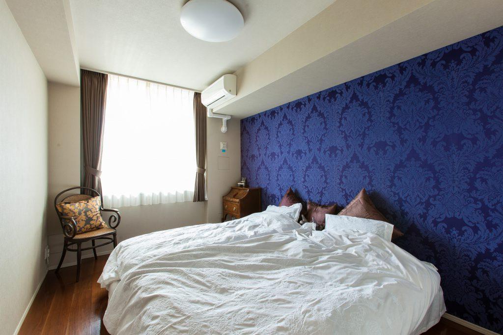寝室:クロスはドイツのraschを採用。